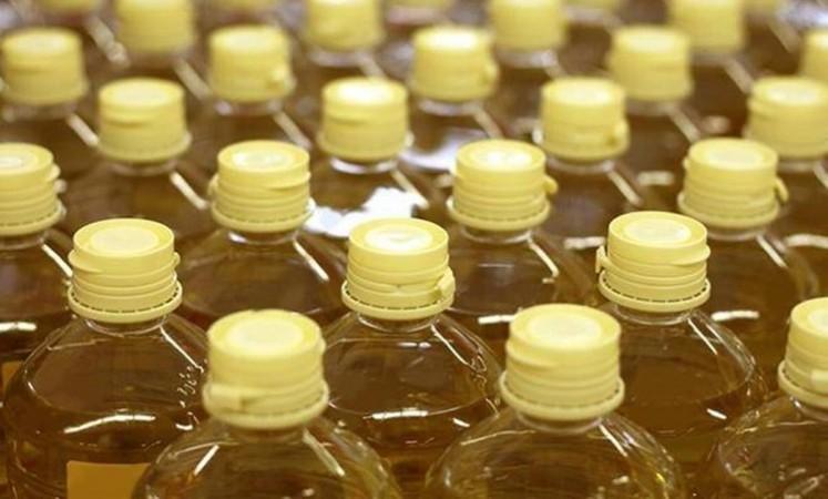 खाद्य तेल की कीमतों में कुछ श्रेणियों में 20 प्रतिशत तक हुई नरमी