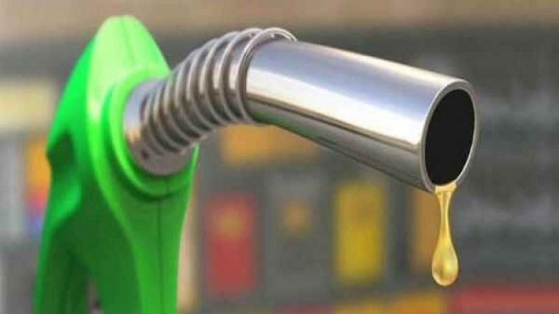 महामारी ने अप्रैल में 20-25 प्रतिशत ऑटो ईंधन की मांग पर पड़ा प्रभाव: वुड मैकेंज़ी