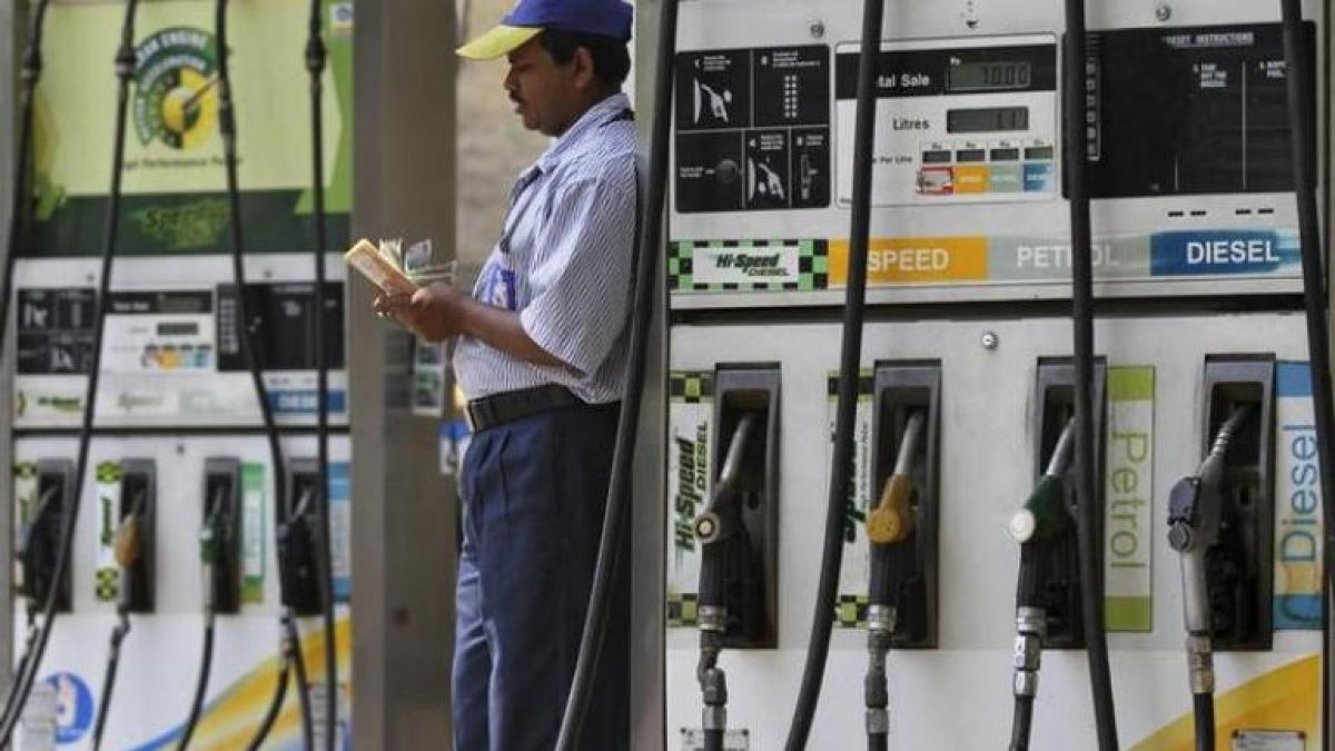 Petrol, Diesel prices continue to slip for 6th straight day, check out the rate here