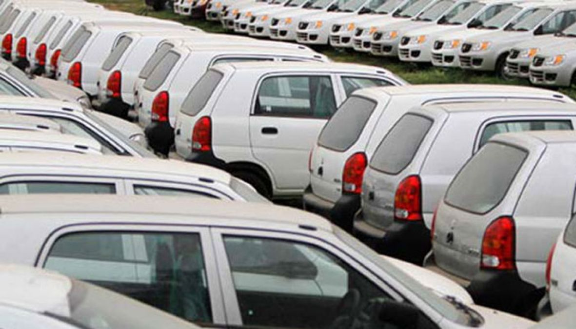 Passenger vehicle sale drops by 17 per cent in April, read details