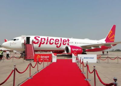 100th plane of Spice Jet to take off!