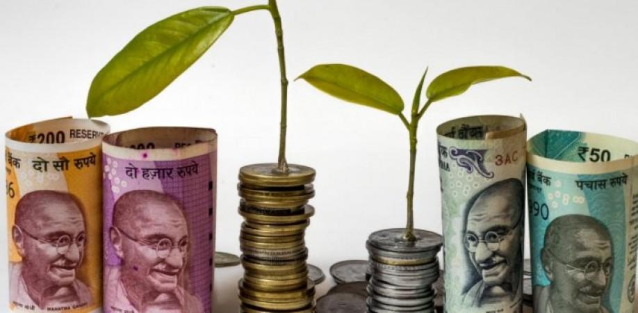 7 पैसे की गिरावट के साथ 75 के स्तर पर बंद हुआ भारतीय रुपया