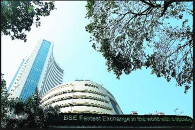 After hitting Intraday, Sensex track a record gain in early trade….detail inside