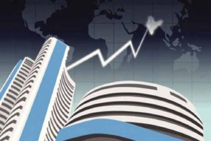 Sensex closes above 34,000 marks for the first time