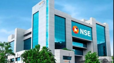 Market Closing: Sensex settles 134-pt higher, Nifty above 15,850; IT stocks lead