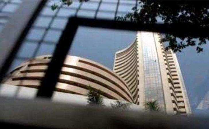 शेयर बाजार ने बुधवार नई बढ़त के साथ शुरू किया बाजार