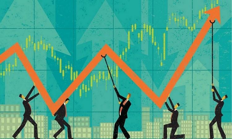 बाजार में चमक, सेंसेक्स में 500 अंक की बढ़त