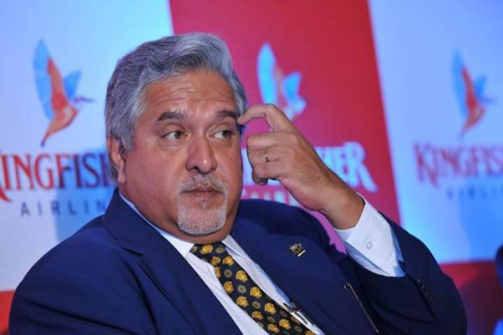 विजय माल्या ने चेयरमैन और निदेशक का इस्तीफा नामंजूर किया
