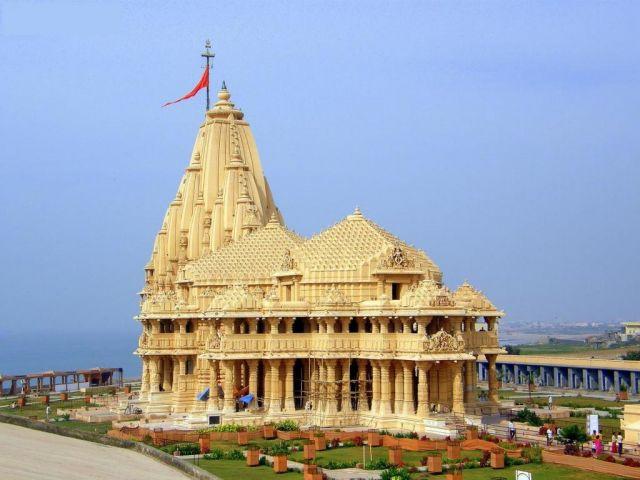 अब सोमनाथ मंदिर कर रहा गोल्ड स्कीम में निवेश