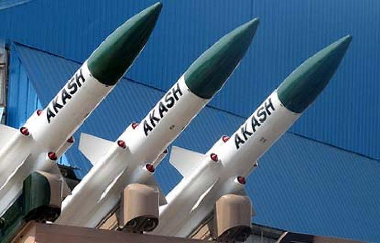 सरकार दे रही 100 आकाश मिसाइल प्रतिमाह बनाने पर जोर