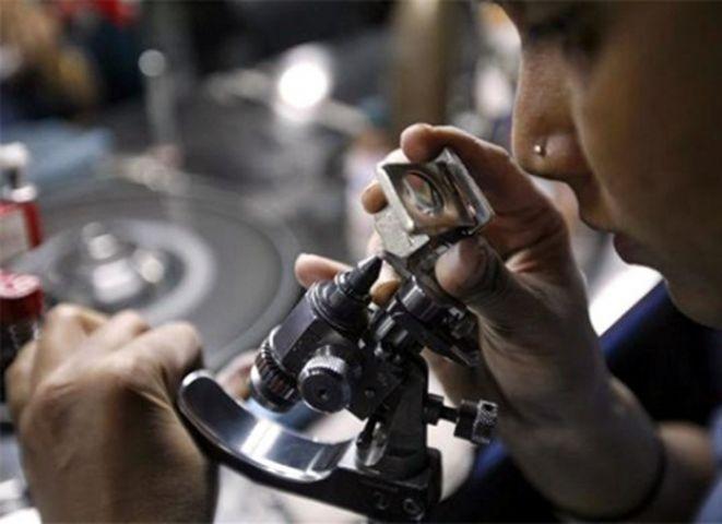 चीन की चाल से 50 हजार से अधिक कर्मचारी हुए बेरोजगार
