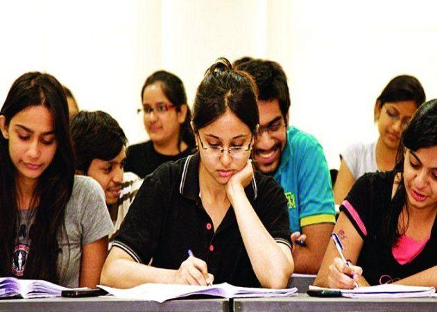 UGC के इस कदम से 35 लाख छात्रों के भविष्य पर लटकी तलवार