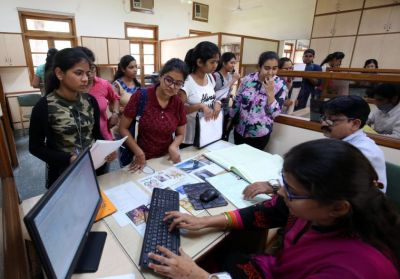 दिल्ली विश्वविद्यालय में दाखिले के लिए पड़ेगी इन डॉक्यूमेंट्स की जरूरत