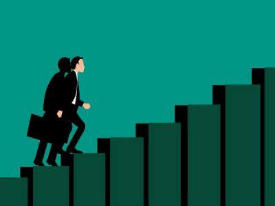 करियर को देना है ऊंची उड़ान, तो...इन 4 बातों से आज ही जोड़ें नाता