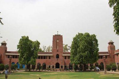 Delhi University में निकली भर्तियां, ग्रेजुएट उम्मीदवार करें आवेदन