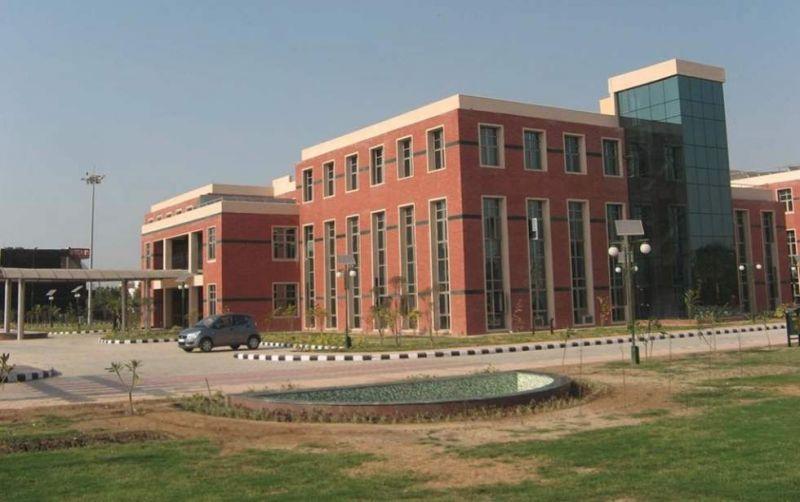 ESIC Gurgaon : कांट्रेक्चुअल स्पेशलिस्ट के पदों पर वैकेंसी, ऐसे होगी भर्ती