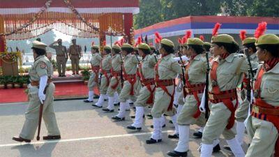 Uttar Pradesh Police Recruitment : 10वीं पास आज ही करें आवेदन, 2000 पदों पर बम्पर नौकरी