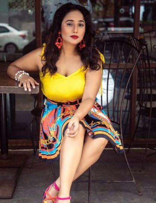 Bhojpuri actress Rani Chatterjee flaunts sexy curves in latest photoshoot
