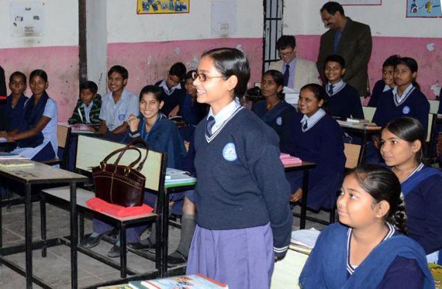 सरकार कर रही है 19000 शिक्षकों की भर्ती