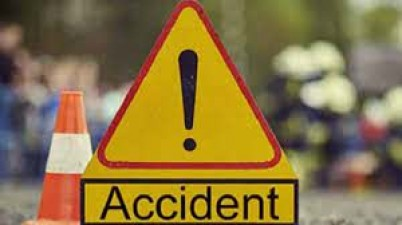 A couple gets killed in a road accident at Warangal