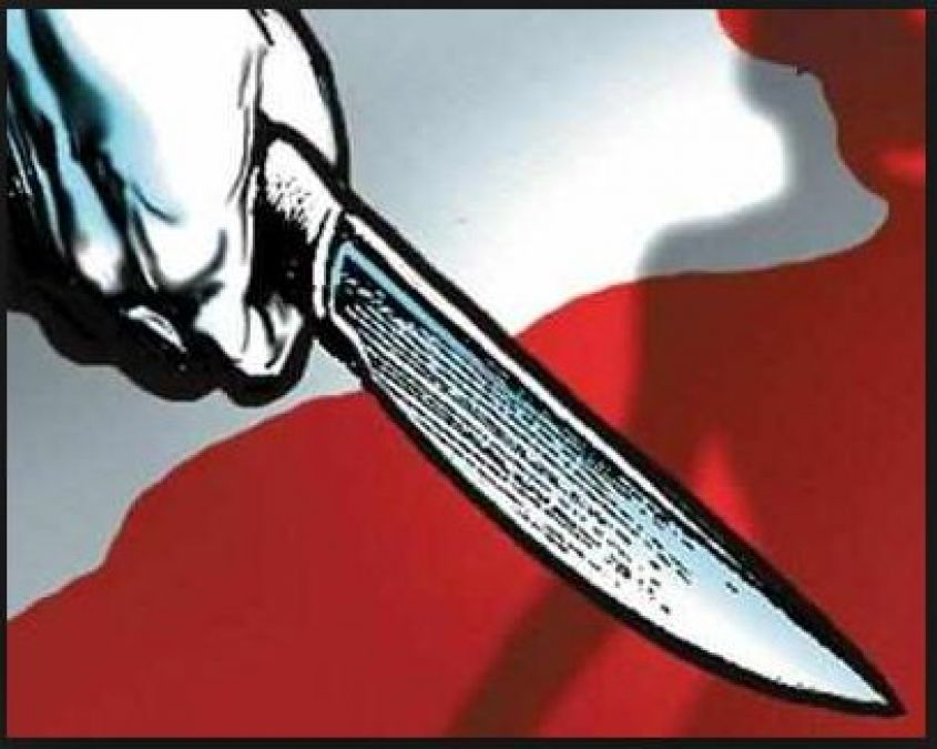 A 29-year-old jilted lover killed a married woman when lady demanded this