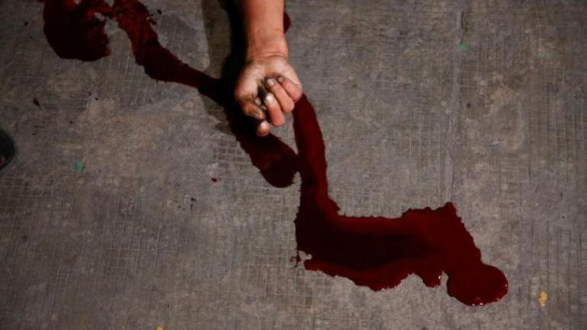Woman beaten to death for asking salary dues