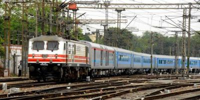 Four coaches of the Vijayawada-Machilipatnam passenger train derail
