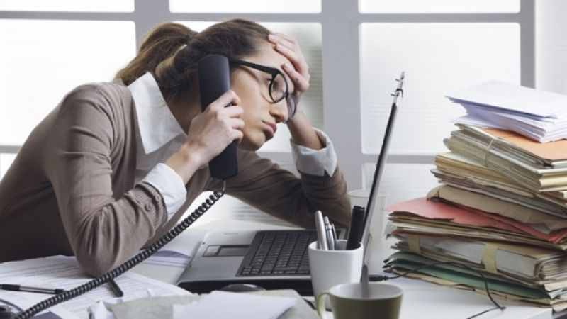 3 simple ways to beat stress in the workplace and become more attentive
