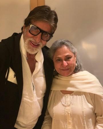 थोड़ा लेट ही सही लेकिन बिग बी ने जया बच्चन को बेहद ही अनोखे अंदाज़ में किया बर्थडे विश