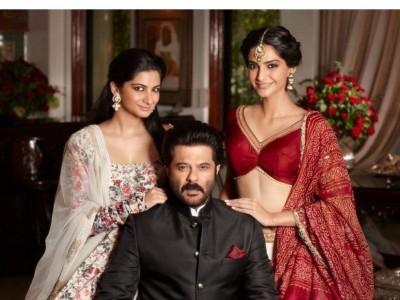 Sonam posts photo wishing Swara Bhaskar a happy birthday