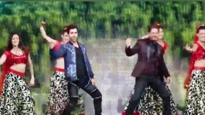 VIDEO : शाहरुख़ ने ताजा की वर्षों पुरानी यादें, राजकुमार संग छय्यां-छय्यां पर किया डांस