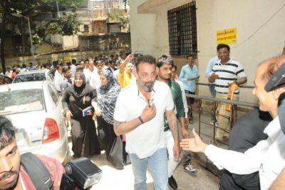 संजय दत्त के खिलाफ गैर-जमानती वारंट हुआ कैंसिल