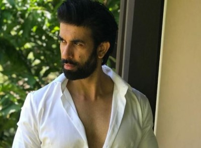 Putting dispute rumours to rest, Rajeev Sen shared beautiful pictures with wife Charu Asopa