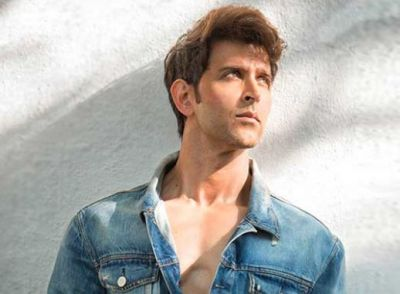 When Hrithik Roshan Got Disturbed By These Photographers, Watch the Video