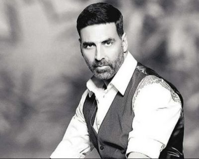When Akshay was said by the user as a 'slice of furniture', the actor gave such a reply!