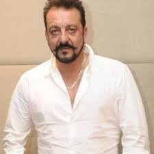 Sanjay Dutt recovers and discharged from hospital in two days