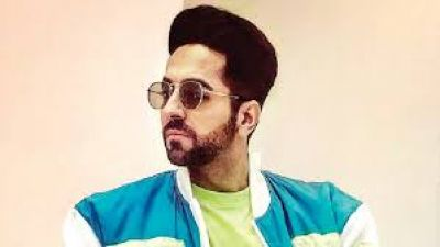 Ayushmann wins the National Award, expressed happiness in this way!