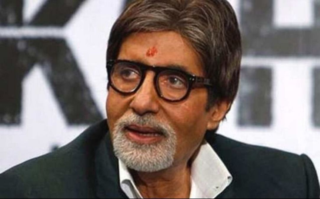 Big B now extends  urges fans to donate money for flood victim