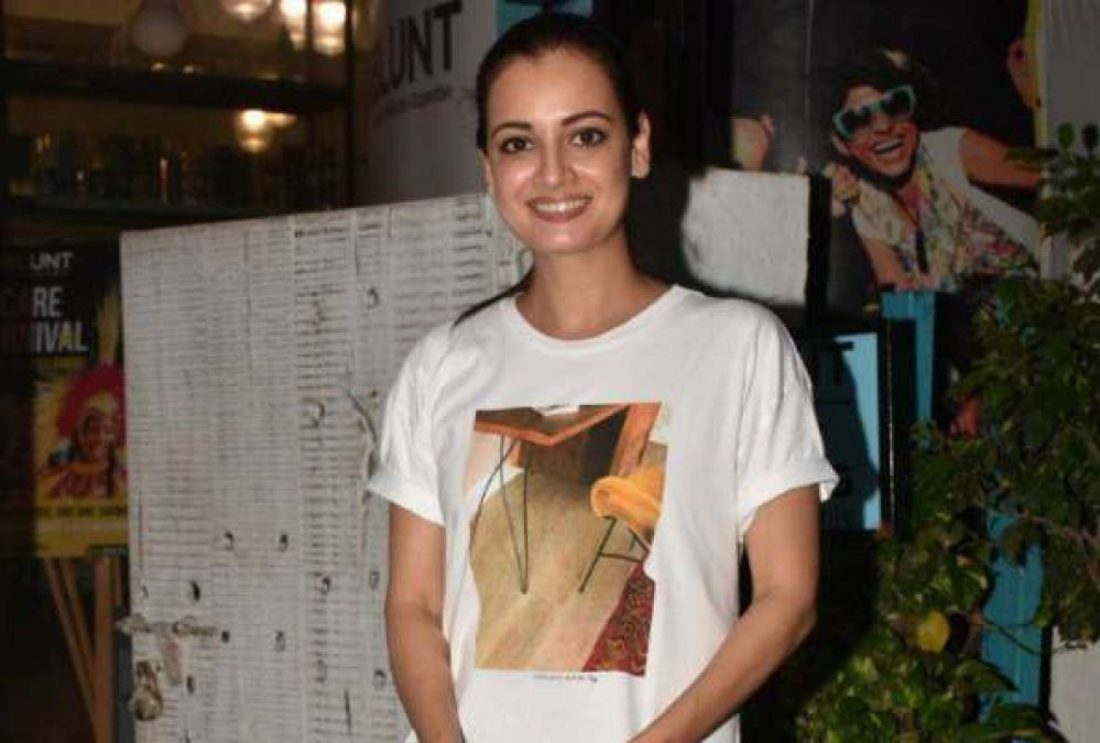 These stars, including Disha-Janhvi-Kangana, were spotted; see photos here!