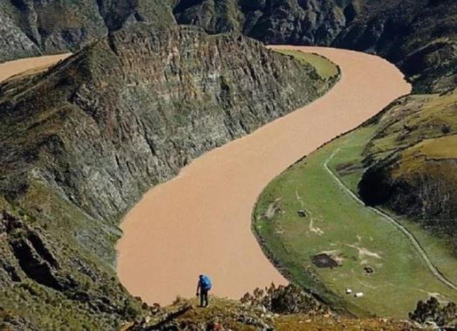 28 साल के ऐश यह कारनामा करने वाले दुनिया के पहले इंसान, पार की 6400 KM की नदी