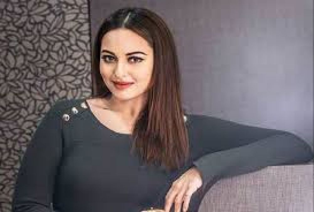 Sonakshi celebrates two joys together, shared the video!