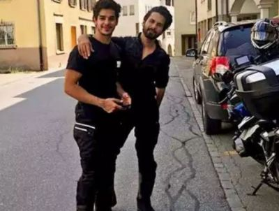 Ishaan Khattar Looked Quite Cool with Brother Shahid, See Viral Photo!