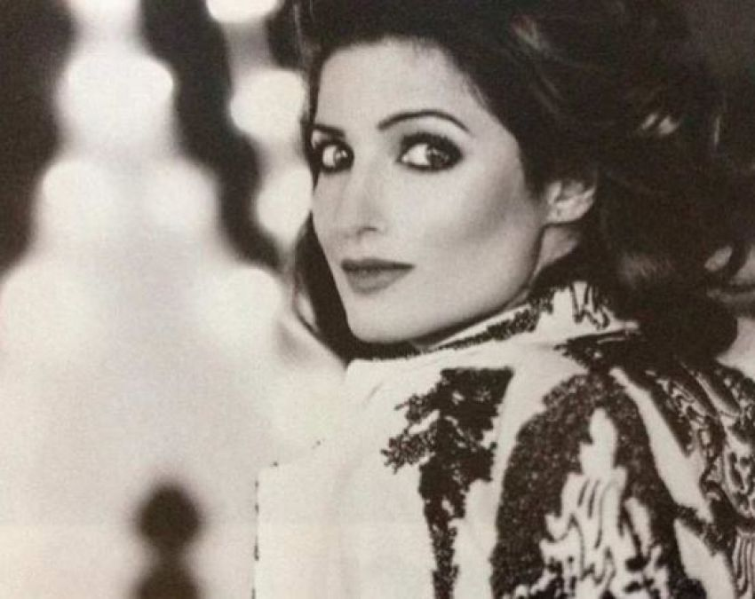 An old photo of Twinkle Khanna is going viral, you wont recognize