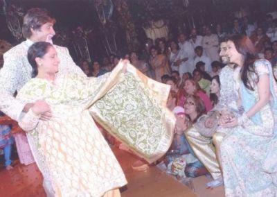 Amitabh-Jaya danced fiercely On Abhishek-Aishwarya's Wedding; See Photos 12 Years Later!