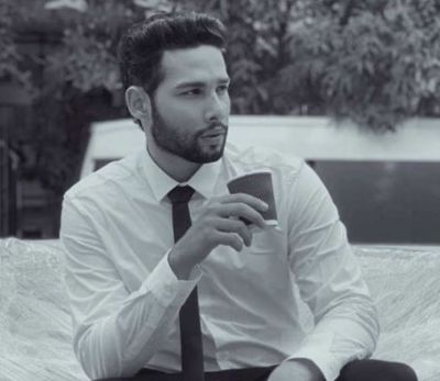 Siddhant Chaturvedi is a big Fan of this South Actor, Shares an Old Photo!