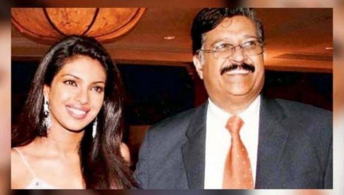 VIDEO : पिता की बर्थ एनिवर्सरी पर भावुक हुईं प्रियंका चोपड़ा, कहा- मैं जो भी फैसला लेती हूं...'