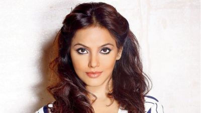 After 6 Years Neetu Chandra reveals reason of break-up with Randeep Hooda