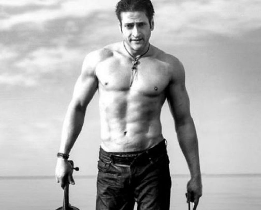 Birthday: When Inder Kumar fell from a helicopter, no actor helped in bad times