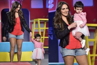 LFW: Esha Deol and daughter Radhya Takhtani walk the ramp hand-in-hand