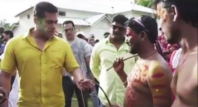 VIDEO: Another blast from the set of Dabangg 3, Salman whips himself...